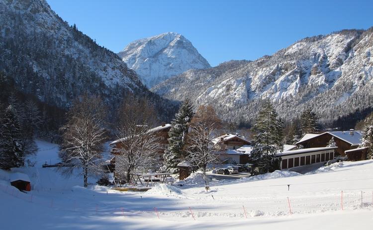 Winter Haus V Hinten